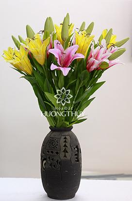 Hoa đất Hương Thuy – Bình hoa Ly hồng – vàng