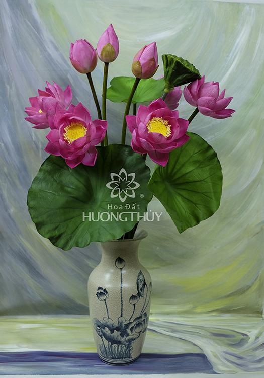 HOA ĐẤT HƯƠNG THỦY – Hoa Sen 5 bông + 2 nụ, 1 bông hé