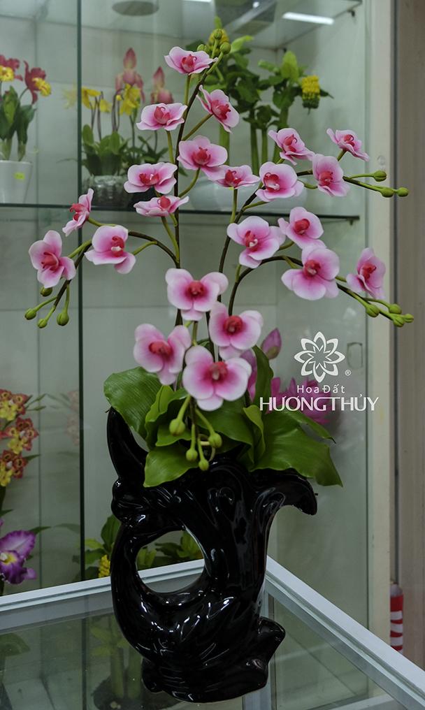 Hồ điệp hồng cỡ trung 5 cành cắm bình nghệ thuật: cao 65cm