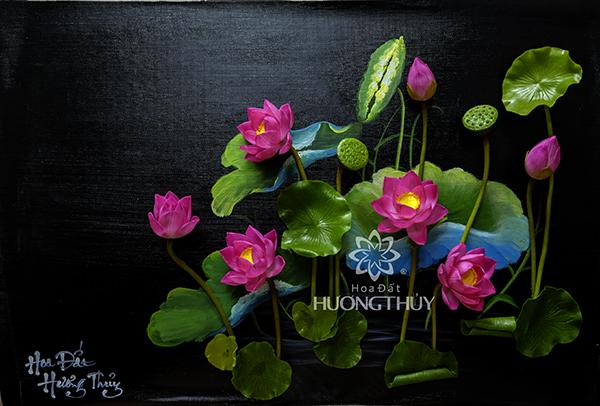 Tranh hoa sen: kích thước 52x72cm