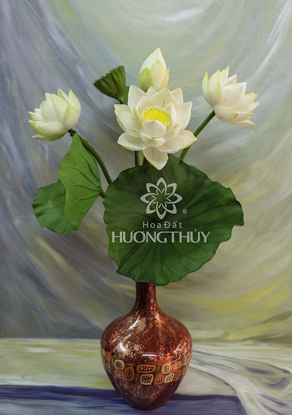 Hoa sen trắng bình sơn mài 3 bông 2 nụ cỡ lớn